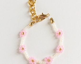 Pink Daisy Chain Bracelet
