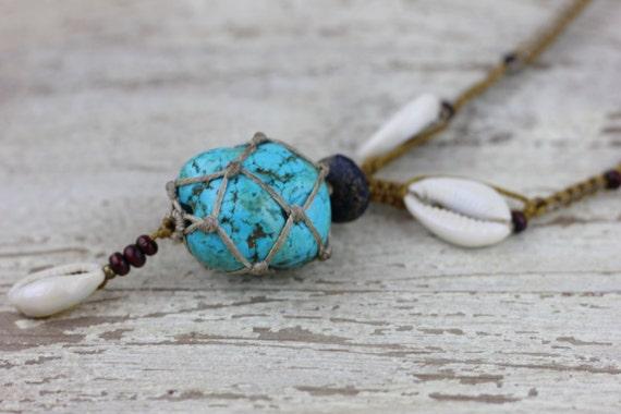 TURQUOISE SHELL NECKLACE- Turquoise Macrame Necklace- Shell Jewelry- Turquoise Pendant- Shell Necklace- Handmade Necklace- Spiritual Jewelry