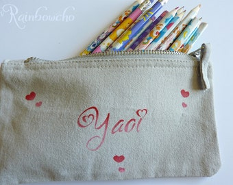 Clutch pencil Yaoi and small hearts