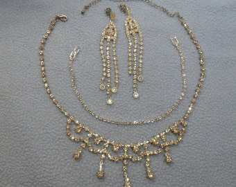SALE!!  Rhinestone Necklace, Bracelet and Earrings (was 16.00)