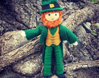 Leprechaun Doll -Leprechaun Figurine - St. Patrick's Day  - Leprechaun Decor - bendy doll  - Irish doll
