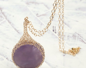 Amethyst  necklace , Lavender charm crocheted in gold , Purple stone pendant necklace , round purple stone,  handmade wire crochet jewelry