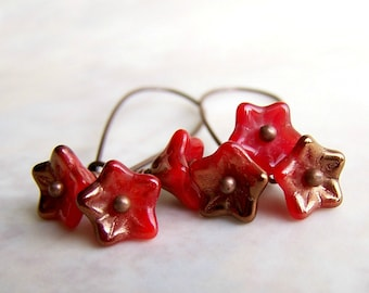 Fire Red Flower Earrings - small flowers of red Czech glass beads with copper accents - flower fair inspired - red flower jewelry
