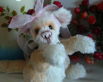 Apple mohair artist ferret bear, Pattern, Artist bear, Alaine Ferreira, Bearflair. Christmas Sale