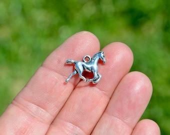 10  Horse 3D Silver Tone Charms SC3020