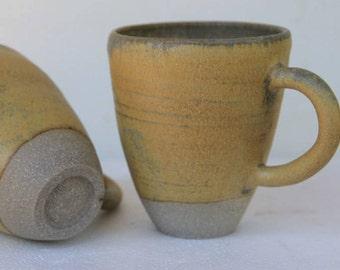 Stoneware mug with matt earthy finish
