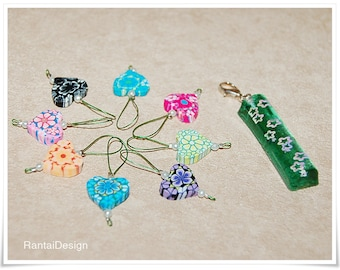 Stitch markers for knitting with hearts and key rings