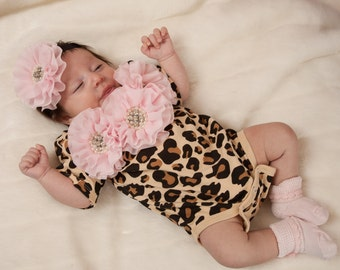 Leopard Baby Girl One Piece Set Short Sleeve Set with Chiffon Flowers and Rhinestones