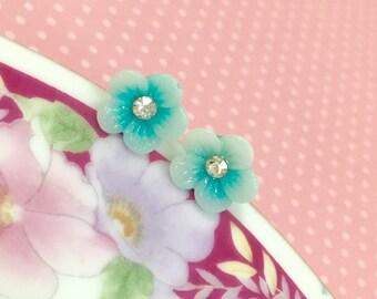 Flower Stud Earrings.