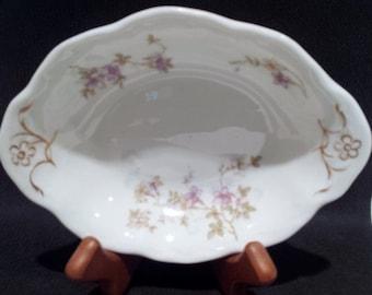 Beautiful Scalloped Oval Dish c.1897-1924