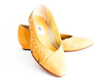 80s shoes women US 6.5, yellow vintage pumps UK 4, vintage leather flats EU 37, yellow vintage ballerinas shoes, 70s italian dance shoes