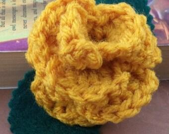 Crocheted Rose Hair Clip - Yellow (SWG-HC-HWHU02)