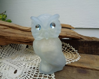 Vintage Retro • Avon Snow Owl Timeless Powder Sachet | Jar Rhinestone Cottage Chic Farm Fresh Storage Containers | Made in USA
