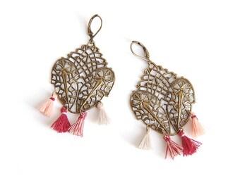 Shaman - Earrings to tassel print in shades of Burgundy, plum and salmon