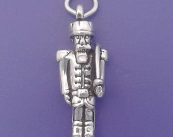 TOY SOLDIER Charm .925 Sterling Silver, Nutcracker, Christmas Pendant - lp1621