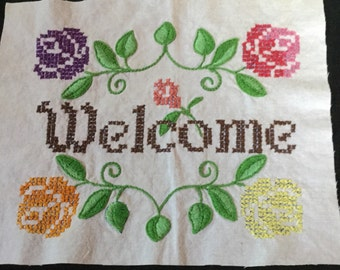 "Cross Stitch ""Welcome"" with roses"