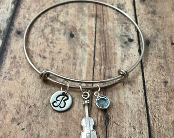 Violin initial bangle with birthstone - violin jewelry, violinist jewelry, gift for violinist, gift for music teacher, silver violin bangle