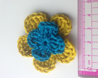 Set of 4 double crochet mustard yellow flowers and blue heart