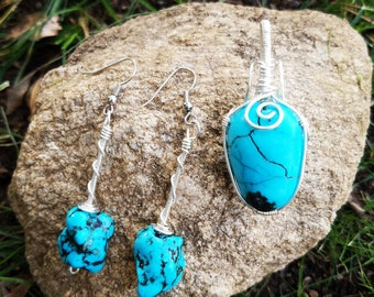 Turquoise wire wrapped pendant and ear ring set