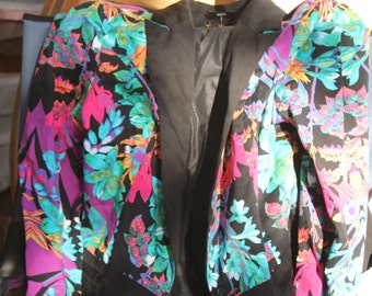 R H C P ; women's flowered jacket xl tag
