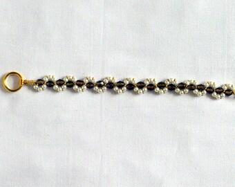 Bronze and pearl beaded bracelet