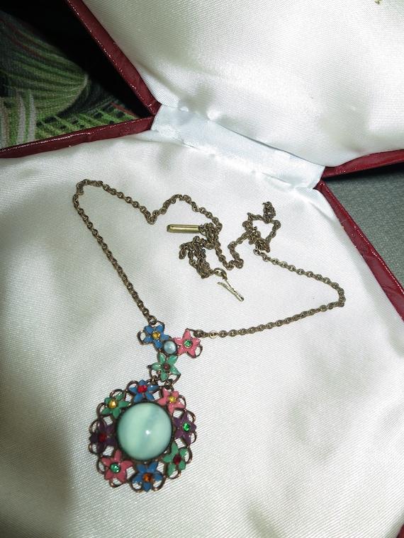 Delightful vintage Art Deco enamel rhinestone glass necklace