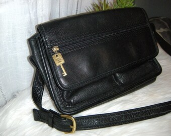 Vintage Fossil Black Messenger Shoulder Bag ~ Authentic Fossil Genuine Leather