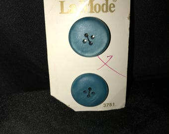 VIntage*La Mode ~Lt Blue buttons~2 on card~ sz.36 (made in holland)