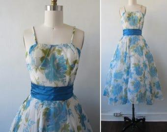 vintage dress | 1950s dress | vintage 1950s dress | floral print dress | fit and flare dress | party dress | x small | The Larson Dress
