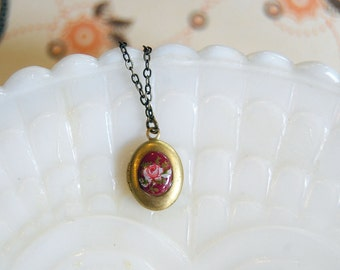 Tiny vintage floral locket- purple - puce with pink rose- vintage brass- oval