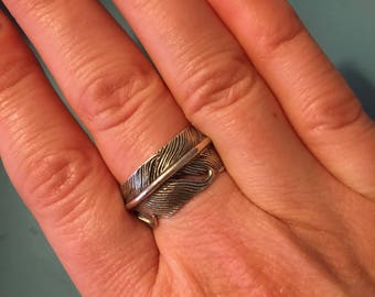 Vintage sterling silver feather ring