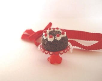 Black Forest cake for your foodie jewelry or miniature dioramas