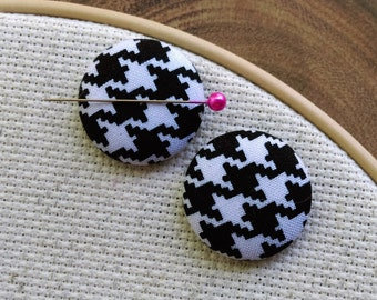 Needle Minder Houndstooth, Black & White, 2 Piece Reversible Scout and Remy, Personalized, Initial, For Cross Stitch, Sewing, Embroidery