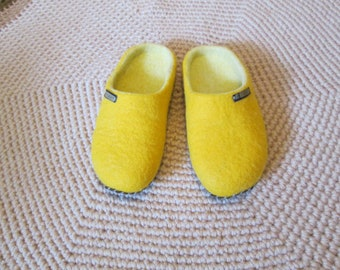 Felted Slippers - felted home shoes