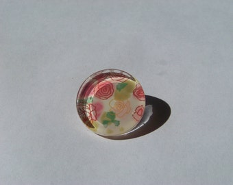 Beautiful 25 mm round and flat with image of pink and green cabochon