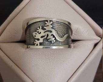Vintage Sterling Silver Lizard Gents Ring Size 11