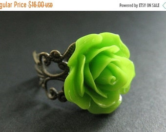 MOTHERS DAY SALE Apple Green Rose Ring. Green Flower Ring. Adjustable Ring. Filigree Ring. Flower Jewelry. Handmade Jewelry.