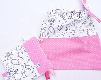 Original doudou étiquette et sa pochette cadeau bébé fille «Anna»