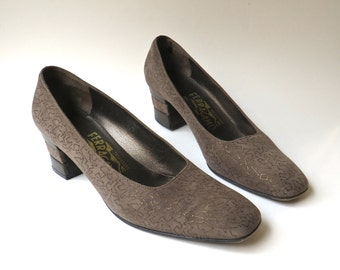 vintage Salvatore Ferragamo Shimmery Gold Abstract Patterned Brown Suede Pumps  / Made in Italy