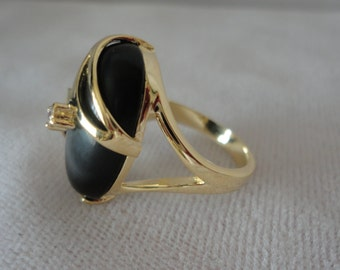 Flawless Gold Plated Filigree Onyx Ring******.