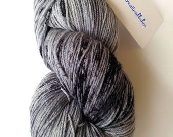 Hand-dyed wool extrafine (19.5 mic) 100 g