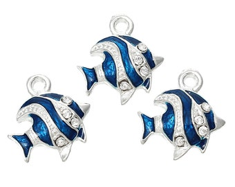 5 Fish charms, nautical charms, beach party, Enamel Charns 6195, 735