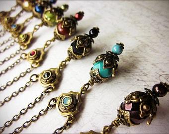 Medieval Necklace, Renaissance Jewelry, Bridesmaid Jewelry, Antique Look, Ren Faire, Pendant Necklace, Garb, Choose Your Color, Rhiannon