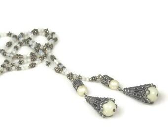 Art Deco Moonstone Glass Faux Pearl Sautoir Necklace