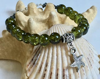 Starfish Bracelet - Green and Silver - Handmade Jewelry - Gifts for Her - Ready to Ship