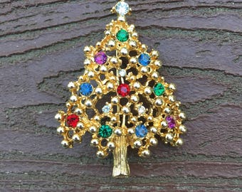Vintage Jewelry Beautiful Christmas Tree Pin Brooch