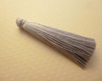 Long 7 cm grey silk tassel