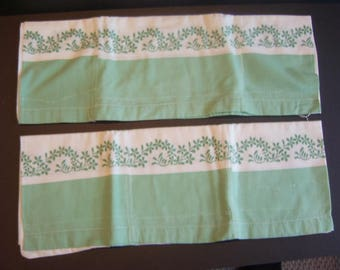 2 Pillowcases from vintage feedsack material
