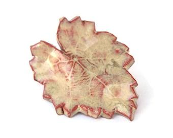 Céramique feuille aimant - frottée faïence beige aimant tan décoration à la maison en terre cuite rouge argile poterie aimant cadeau