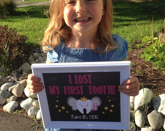 PRINTABLE I lost my first tooth! Chalkboard Photo Prop Sign Poster / Girl Pink / Tooth Fairy / Child's Teeth / Milestone / Digital JPEG File